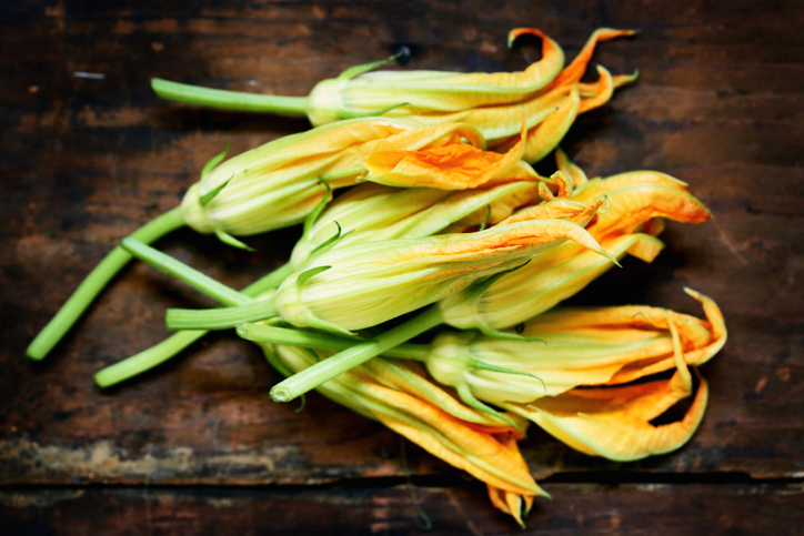 produce 101 summer squash blossoms